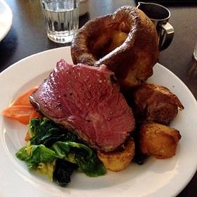Steak Hawksmoor Restaurant London Best Steak Pink Yorkshire Pudding