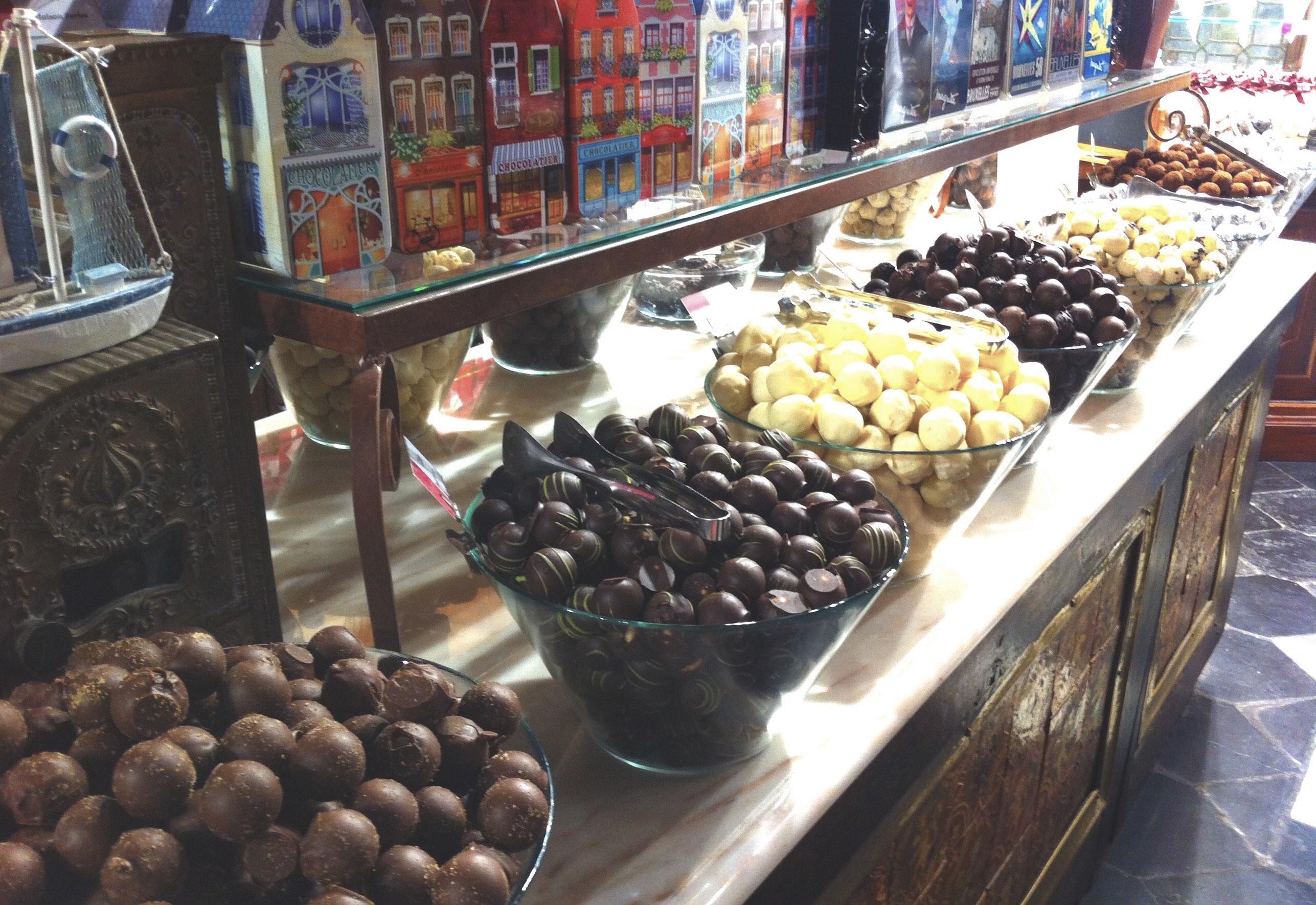 Brussels Chocolate Shop Best Chocolates Praline White Chocolate