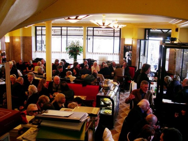 Cafe de Flore Interior Paris BiniBlog