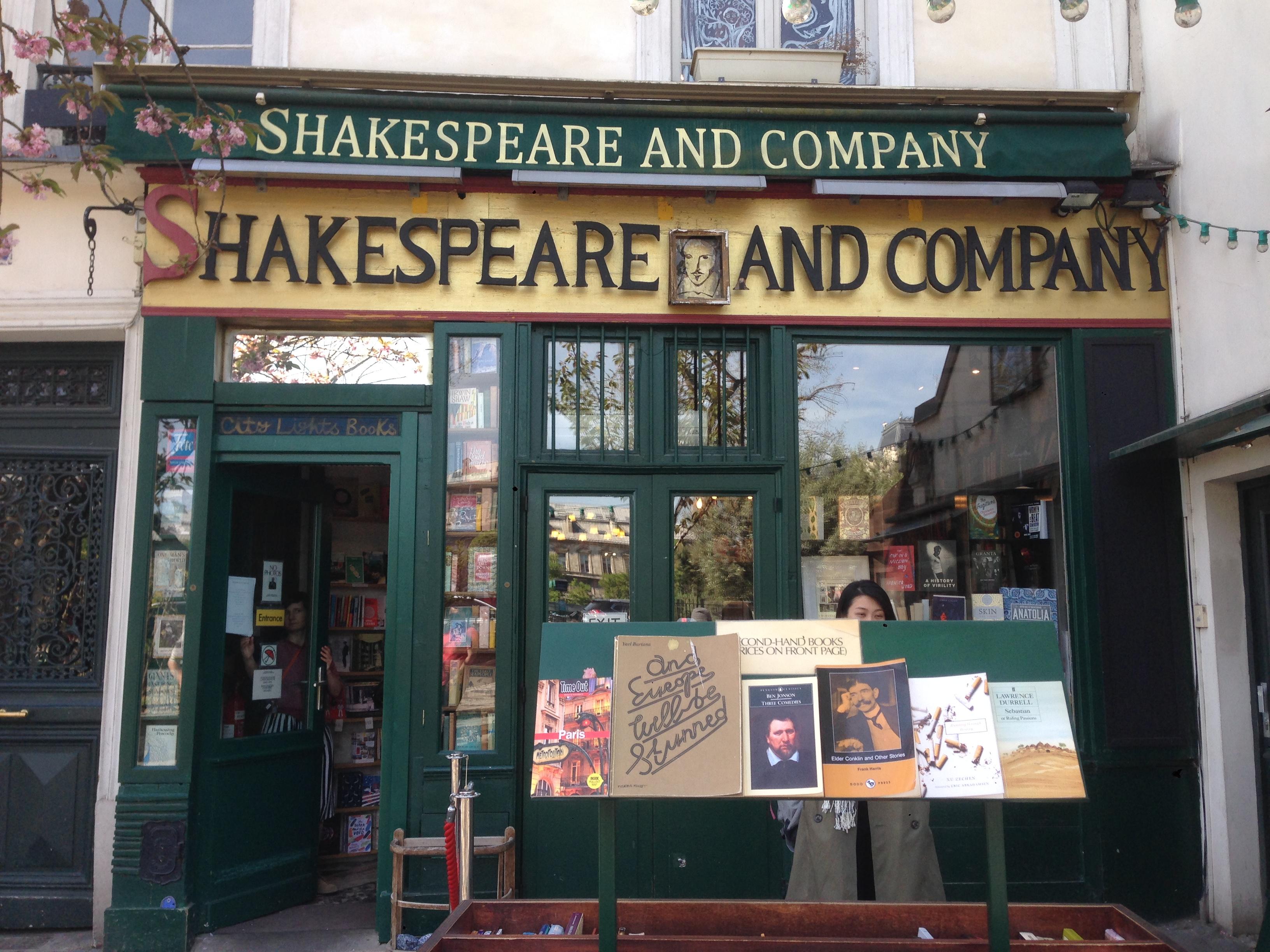 Shakespeare Café Paris LocalBini Experience BiniBlog Shakespare Café