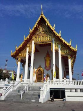 Thailand Bangkok BiniBlog Street Travel Adventure Blogger Buddhist Temple