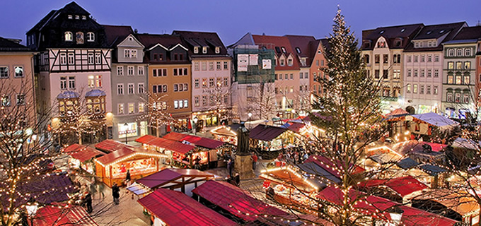 Prague Czech Republic Christmas Market LocalBini BiniBlog Beyond Travelling Travel 2016 Europe Holidays Gifts Shopping
