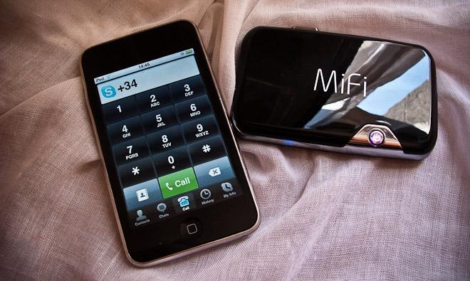 Mi-FI Mobile Hotspot LocalBini BiniBlog Travel Gift Guide Ultimate