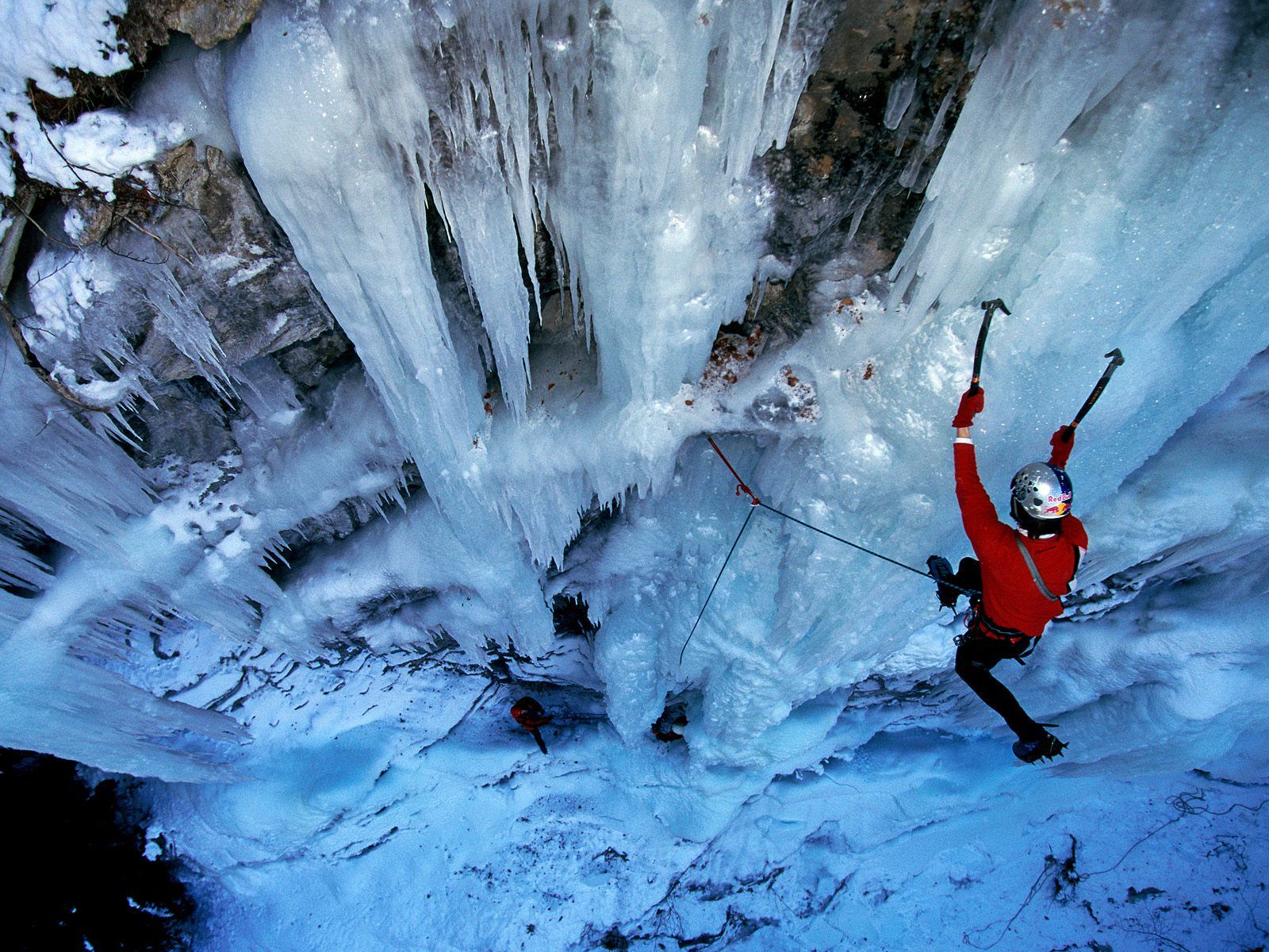 Adventure Holidays Alicante Local BiniBlog Travel Lifestyle Experience Ice Climbing Chamonix France Alpine French Alps Winter Sport
