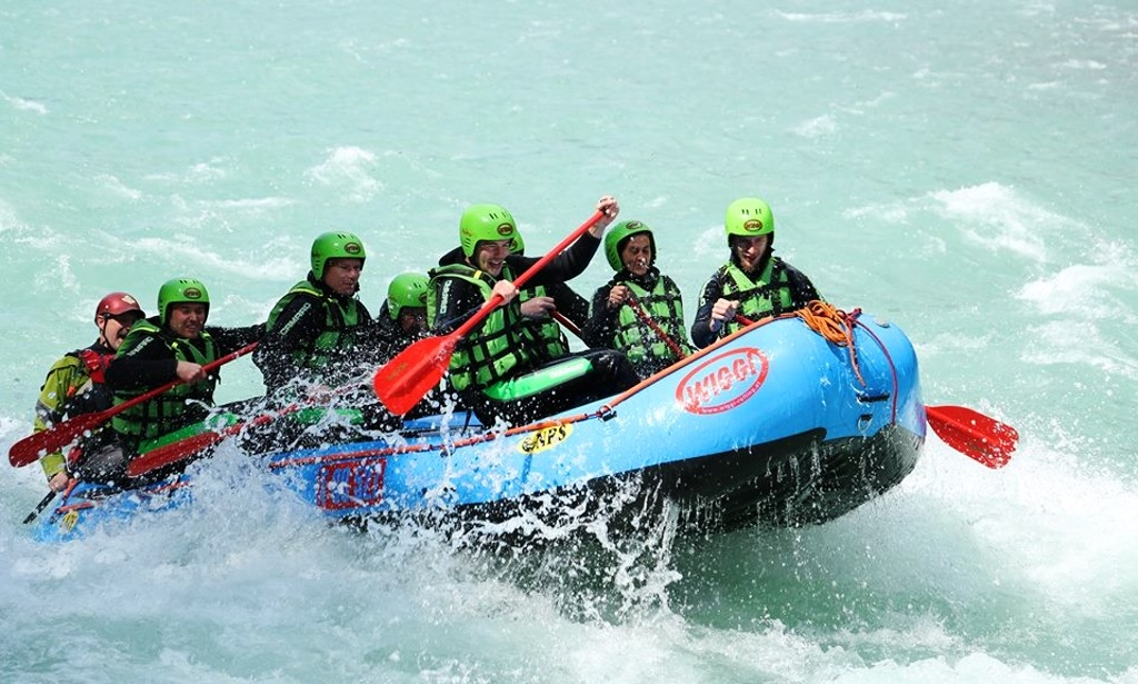 Adventure Holidays Alicante Local BiniBlog Travel Lifestyle Experience Rafting Tyrol Austria River Water Sport
