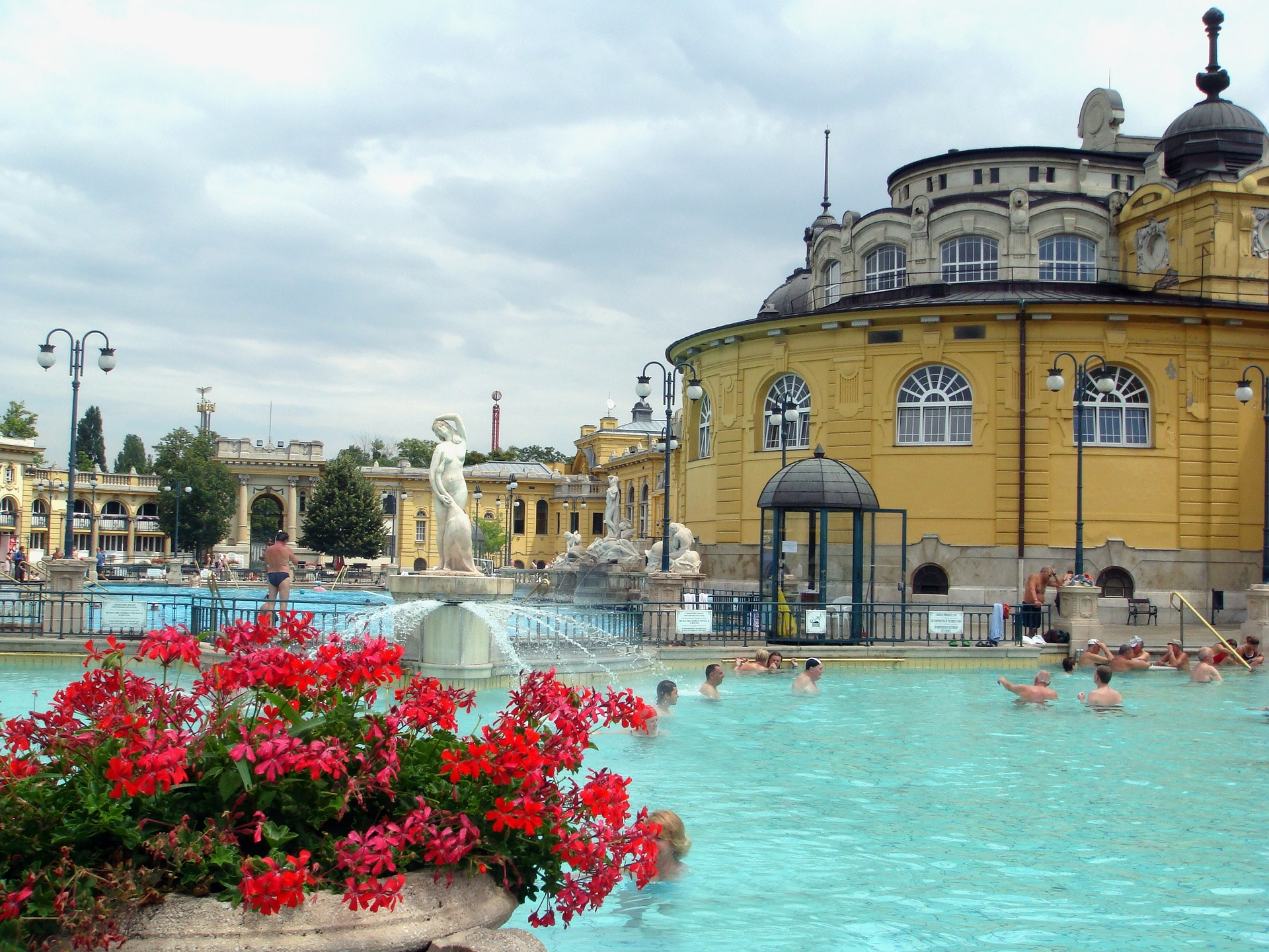 Pool Healing Thermal Széchenyi Spa Budapest Hungary Thermal Water Springs