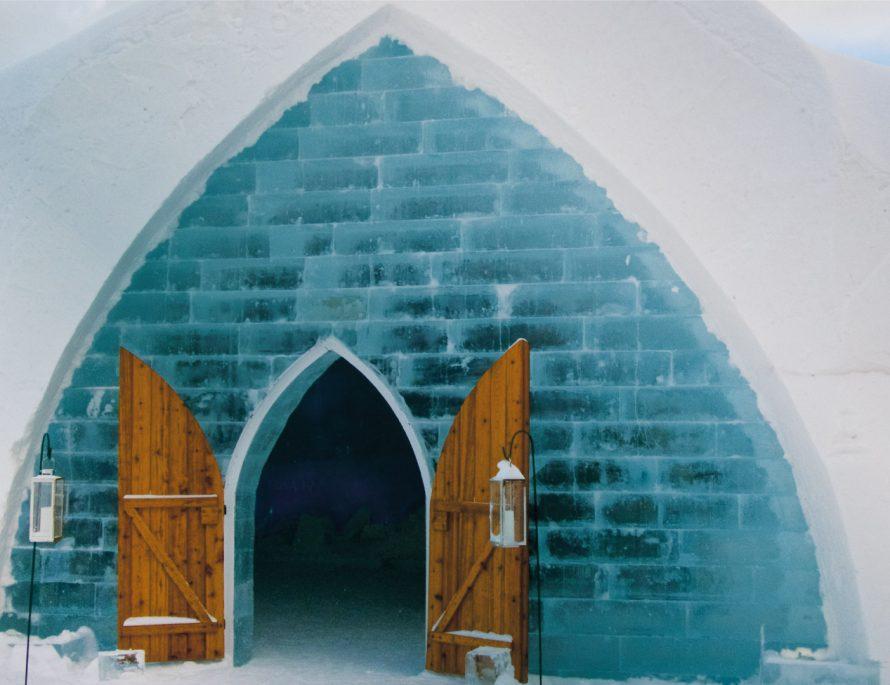 winter experience EuropeSwitzerland snow thermal bath snowshoe igloo train glacier express northern lights