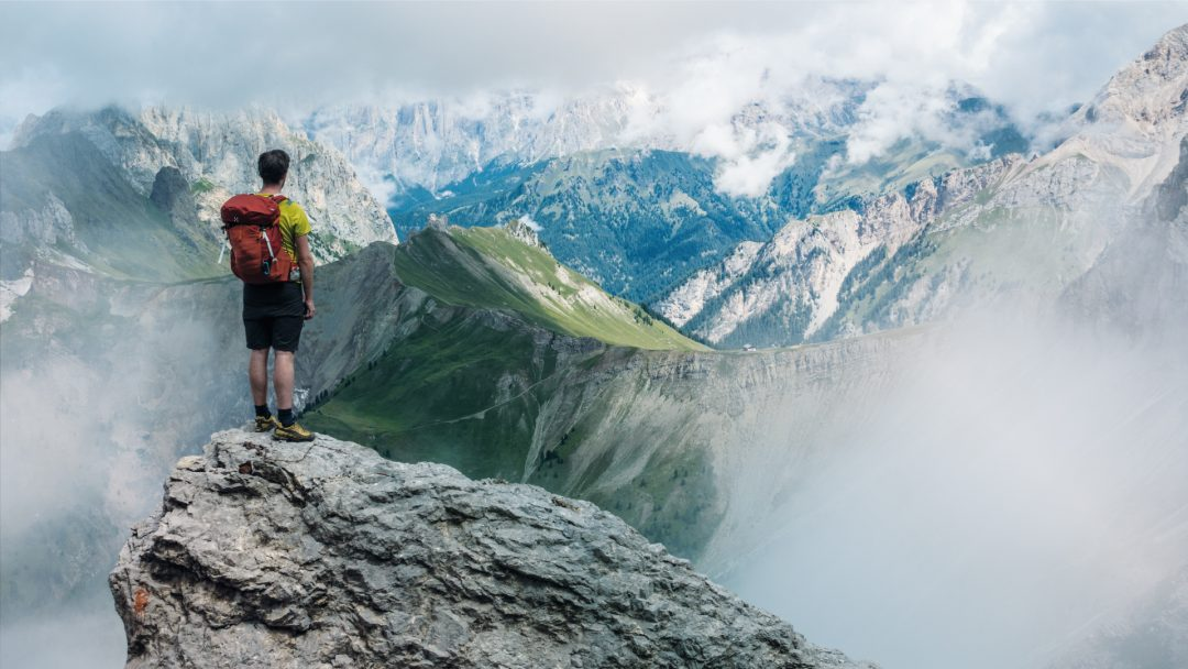 europe, hiking, travel, tips, localbini, biniblog, adventure, experience, local, authentic, mountains, scenery
